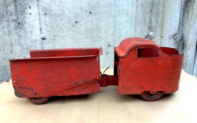 Garland Red Flyer ToyFragment